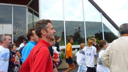 Arrivée Tour d'Europe de Serge Girard 17 octobre 2010 11h06 33