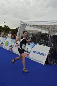 Isabelle triathlon de paris 2011 course a pied_DSC0455