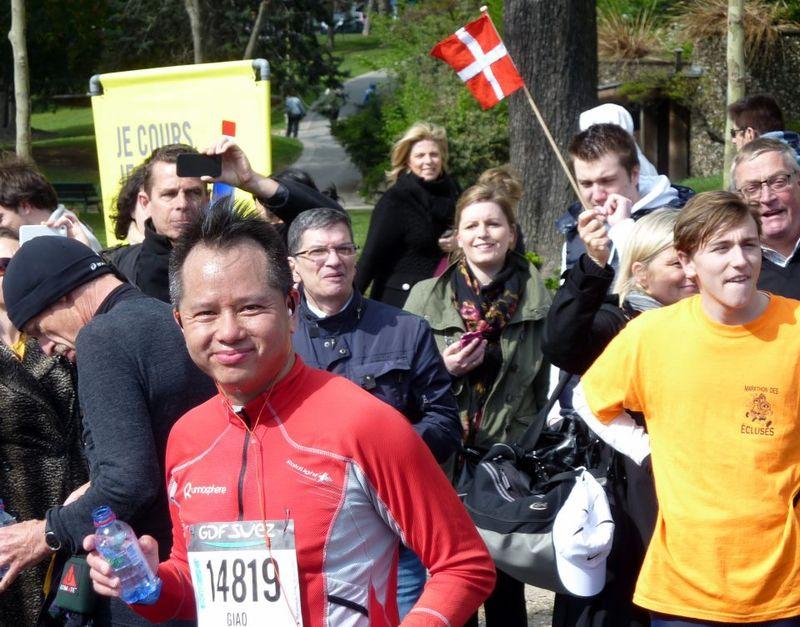 Marathon de paris 15 avril 2012_401438693_n