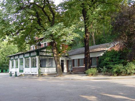 Restaurant_buttes_chaumont